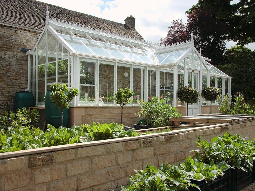 Three quarter span greenhouse