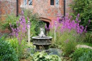 Chilstone Hampton Court
